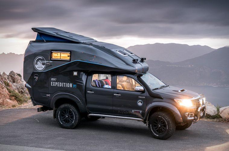 off road trucks - Toyota Hillux