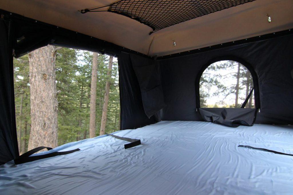 Pop Up Campers - sparrow bed