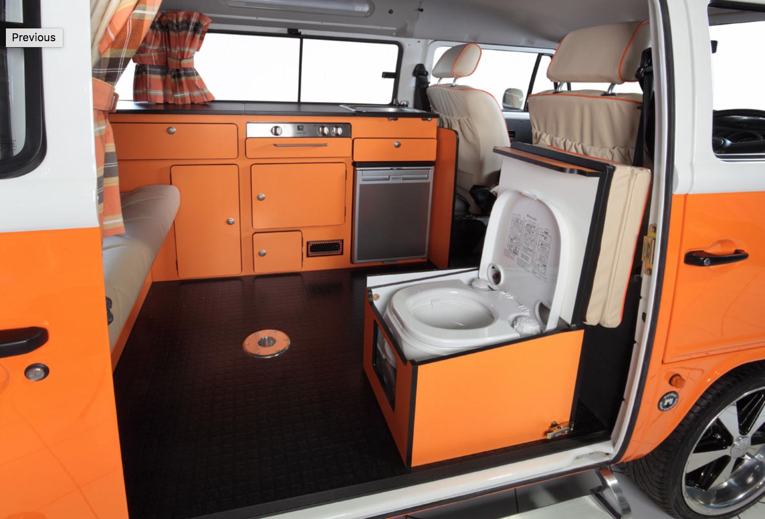 Volkswagen Bus Camper - Bathroom