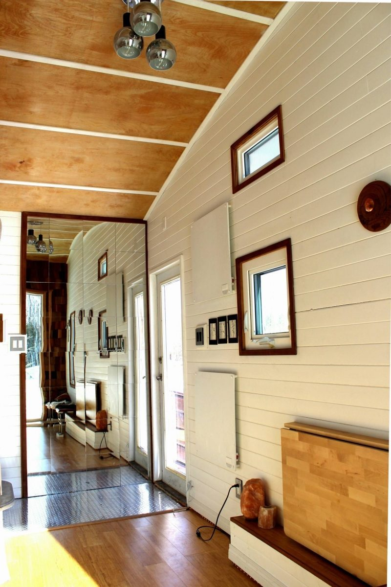 Tiny Eco House - The door of the Leaf House