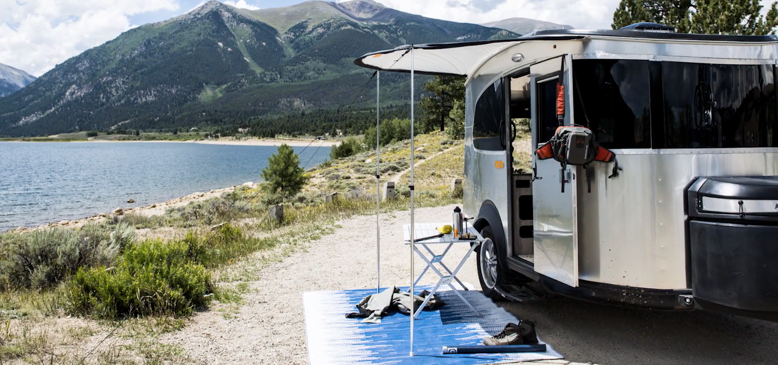 small travel trailers - campvibes