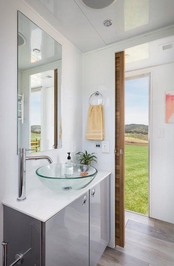Tiny House - bathroom