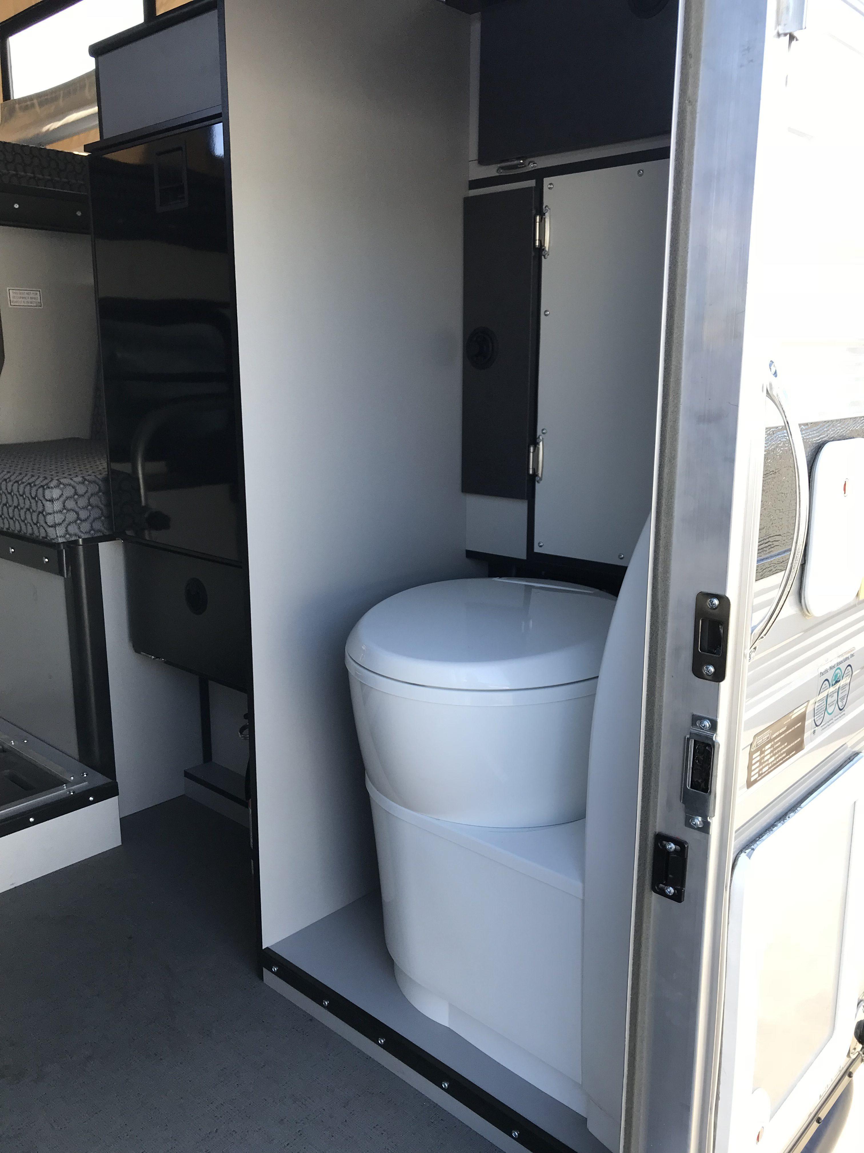 Four Wheel Campers - Toilet built in
