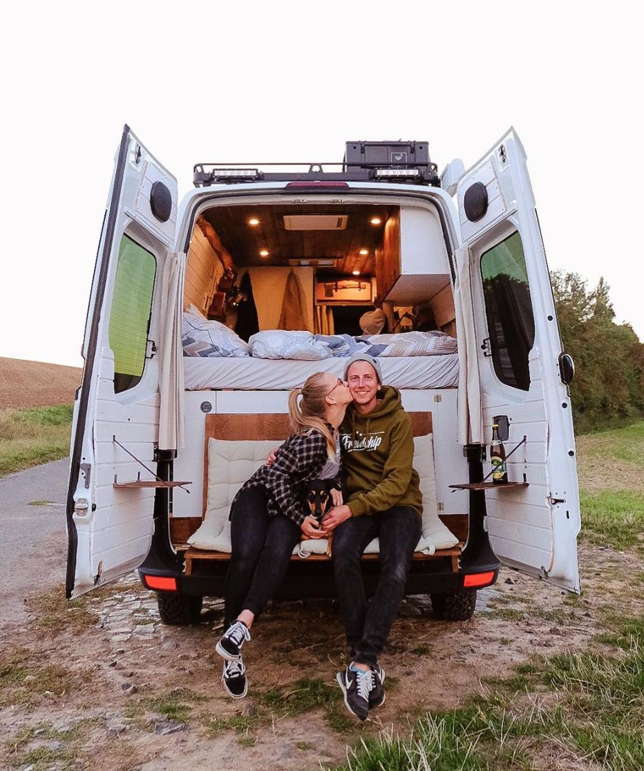 Van Life Instagram - freundship