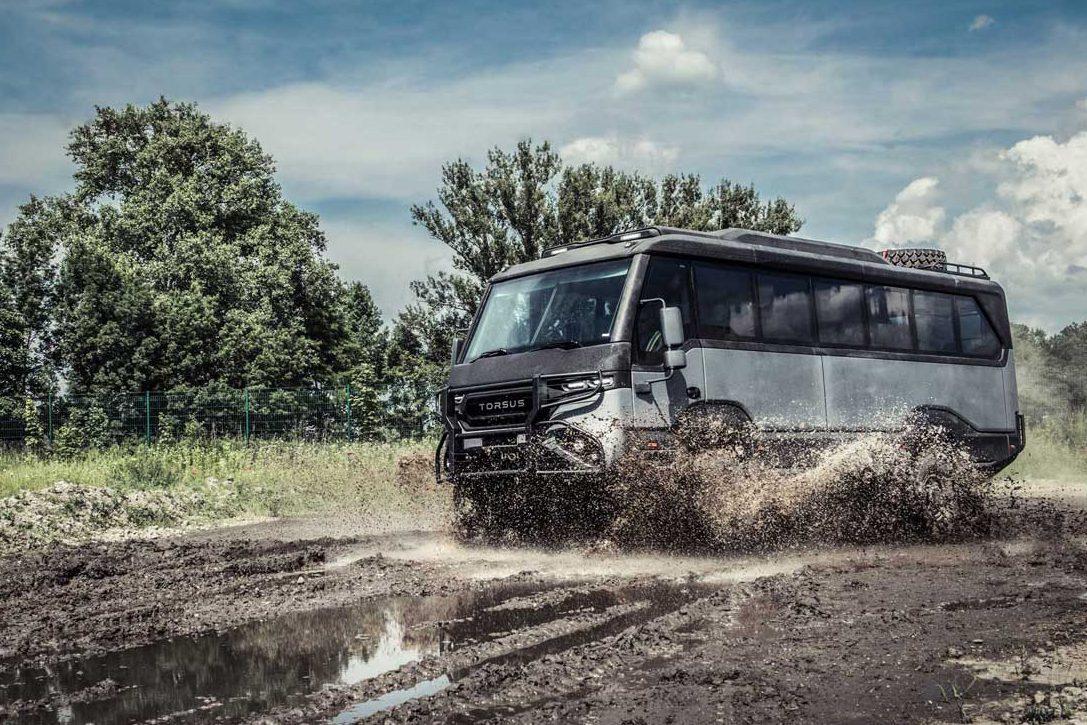 off road bus - 4x4 mud