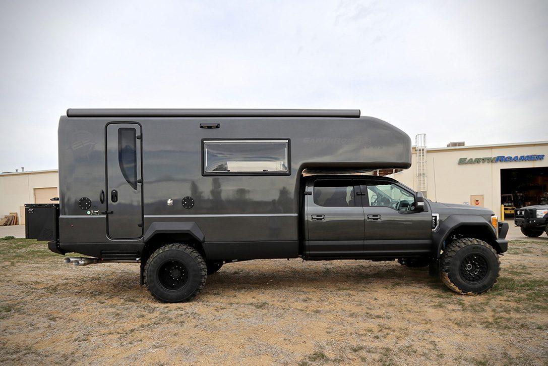 Ford EarthRoamer - outdoor