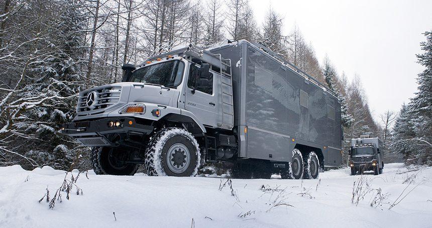 Mercedes Camper - Snow