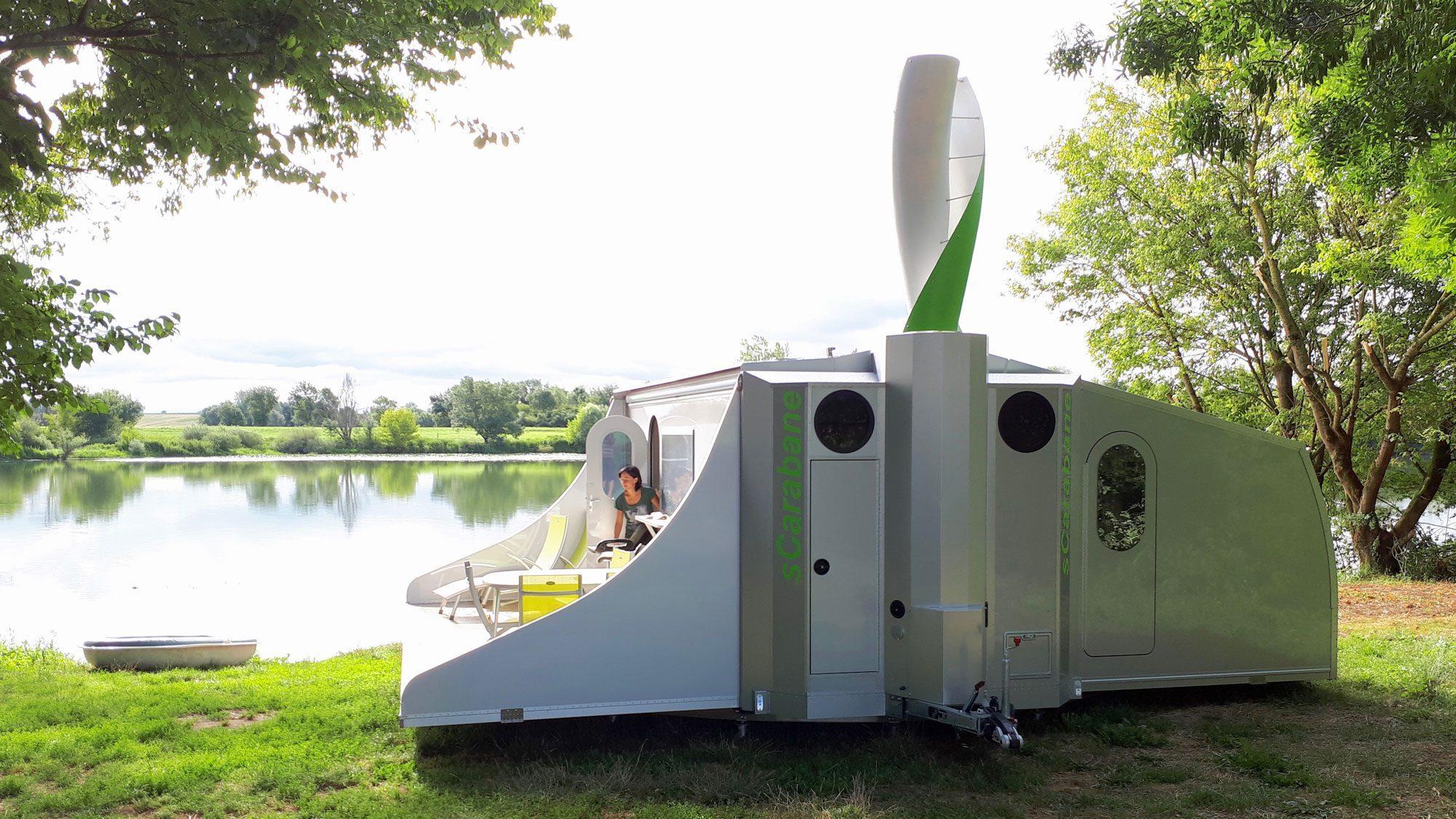 Off Grid Caravan - wind