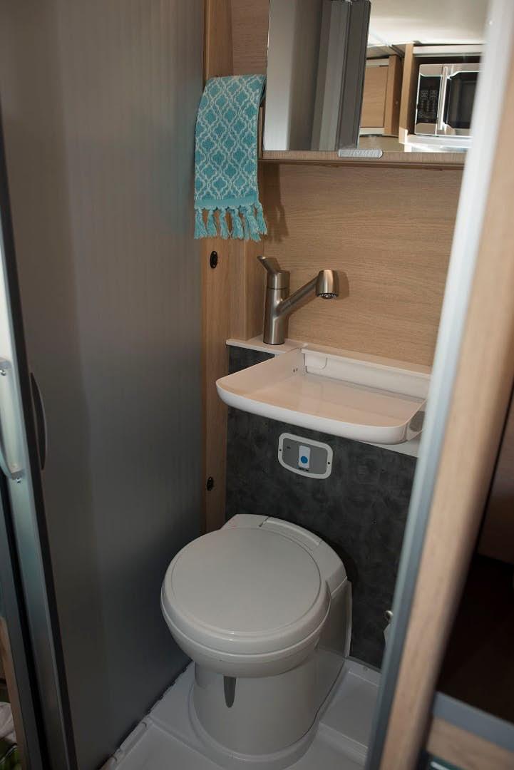 pop top camper - bathroom
