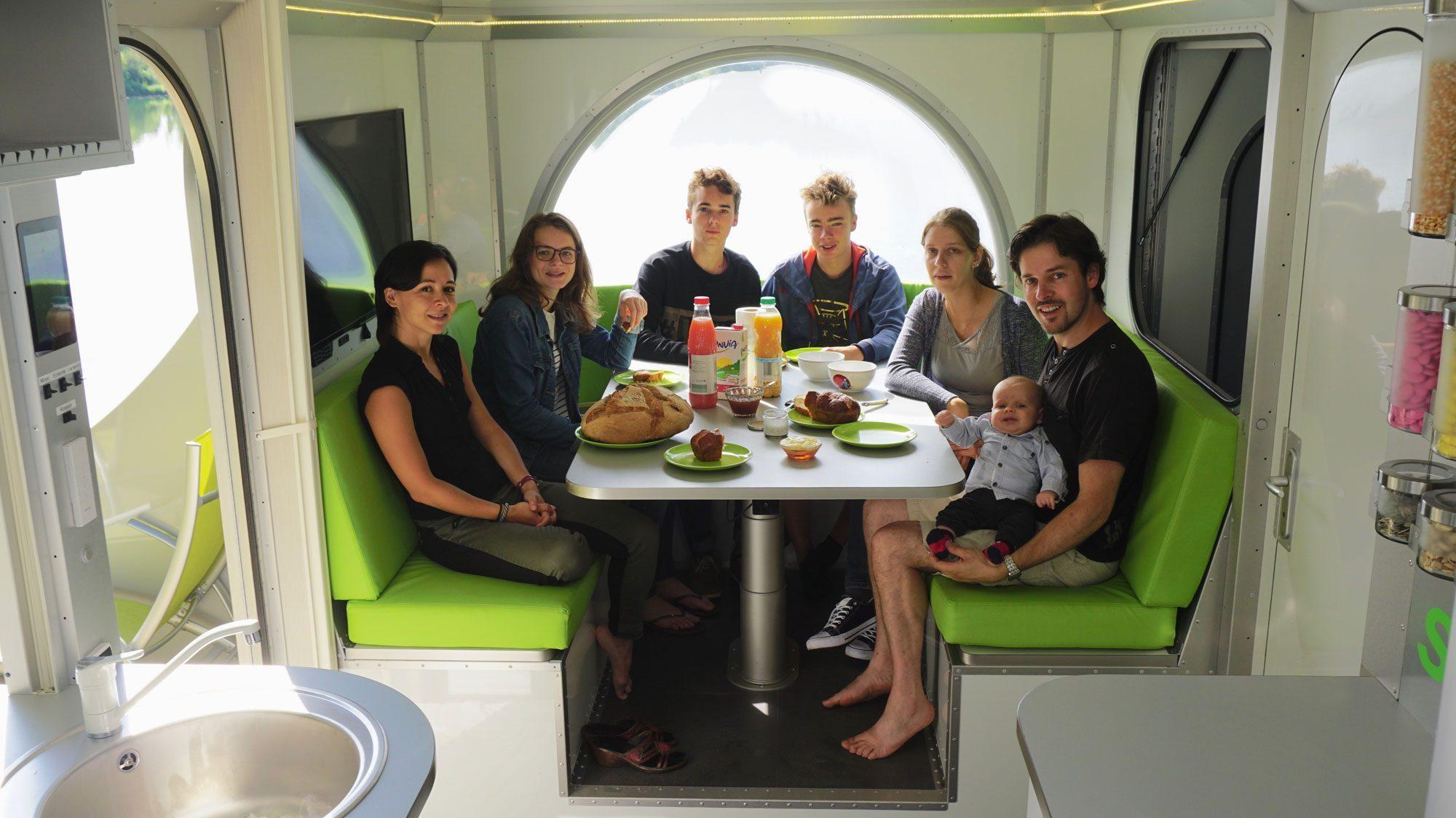 Off Grid Caravan - dining