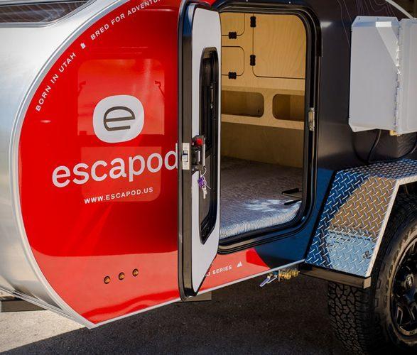 Escapod Trailer - door