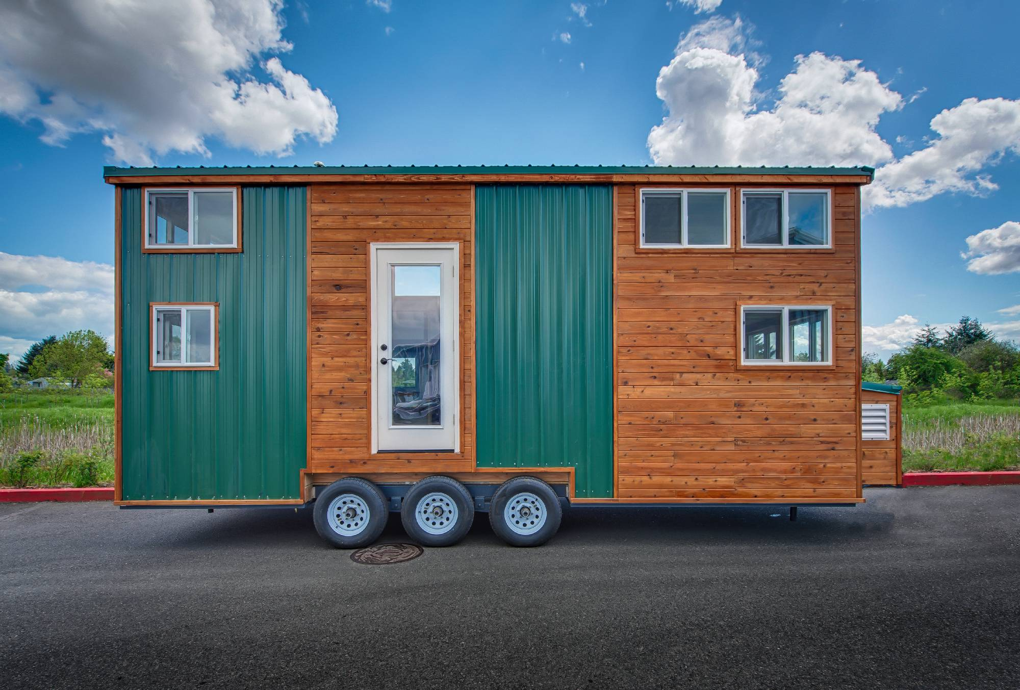 backcountrytinyhome-ext-1-2000×1353