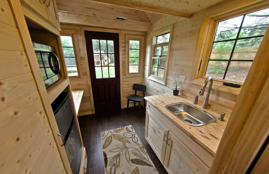 tinier-living-tiny-house-interior-1