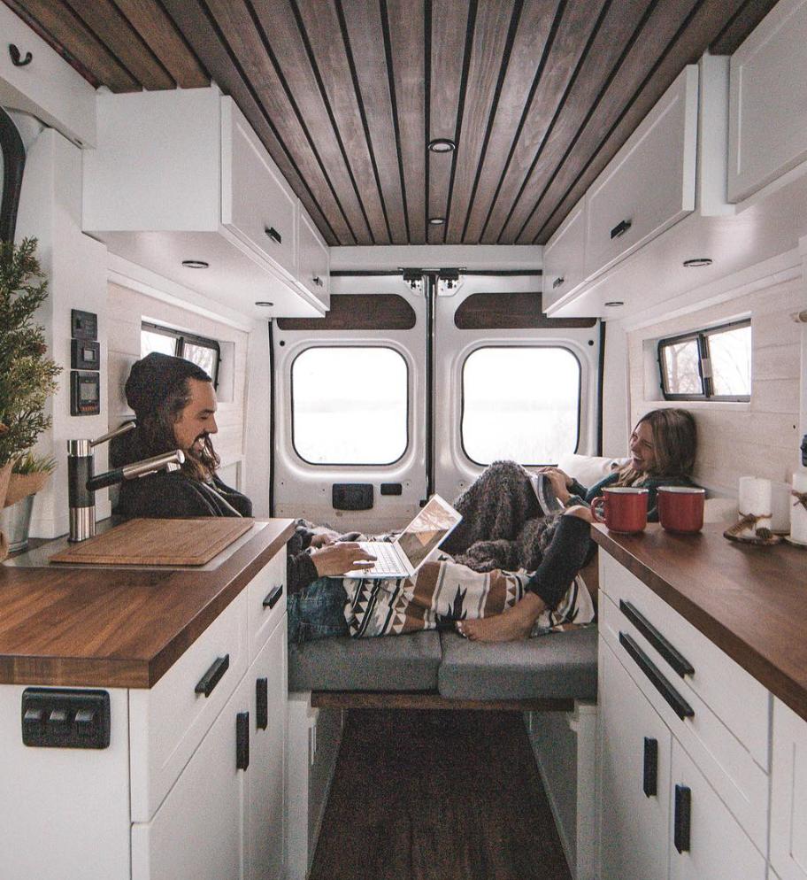 rent a camper - vanlife sagas