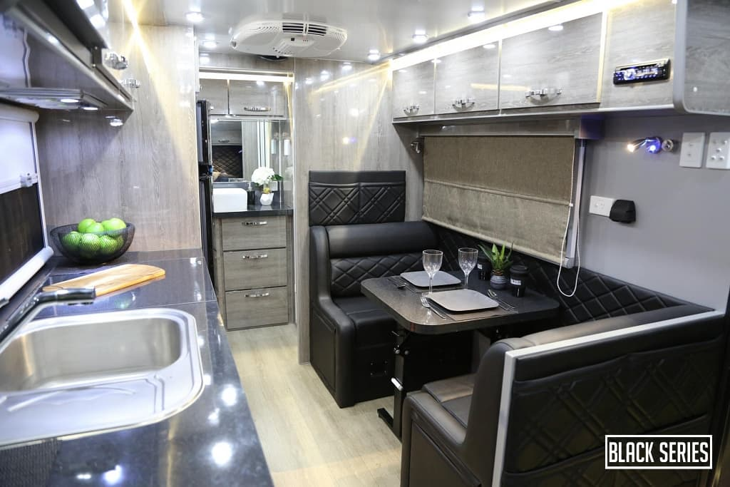camper-trailers-blackseries-2