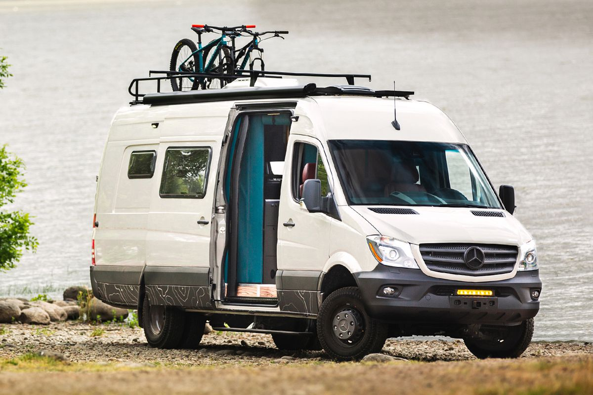 Outside_Van_Mercedes_Benz_Sprinter_conversion