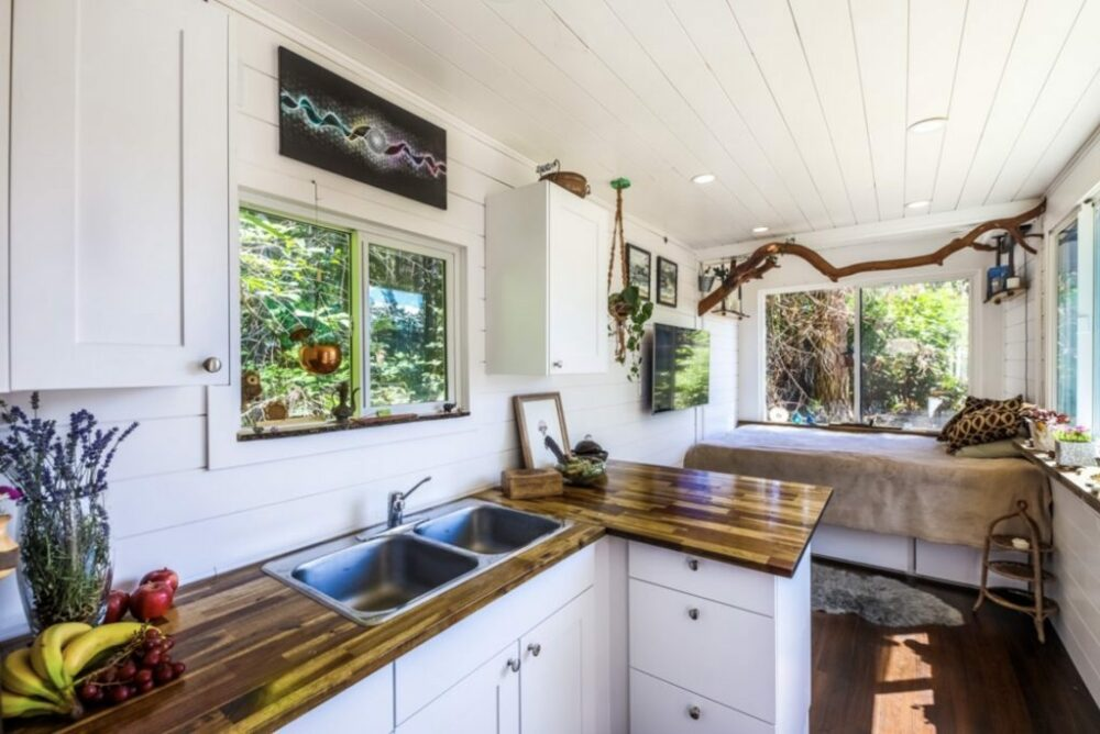 Lance's Self Build Custom Containers Homes